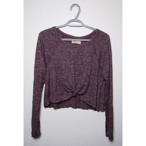 Hollister - Large - Cropped Long Sleeve Top w Knot